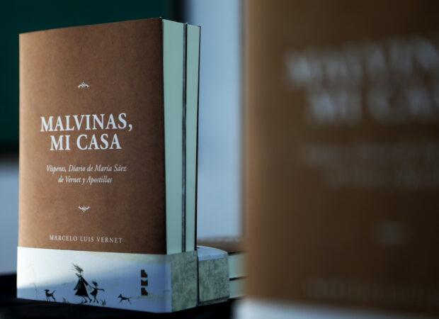Una biblioteca popular para defender la soberanía desde el conocimiento